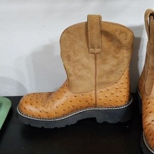 Ariat Shoes - Fat Baby Ariat size 8 1/2B
